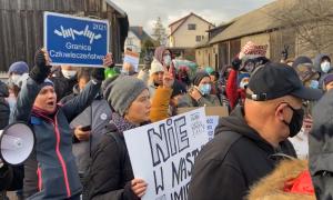 """""""Matki na granicę"""". Byłe pierwsze damy przyłączyły się do protestu"""
