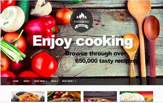 Aşçı, yemek ve tarif teması.