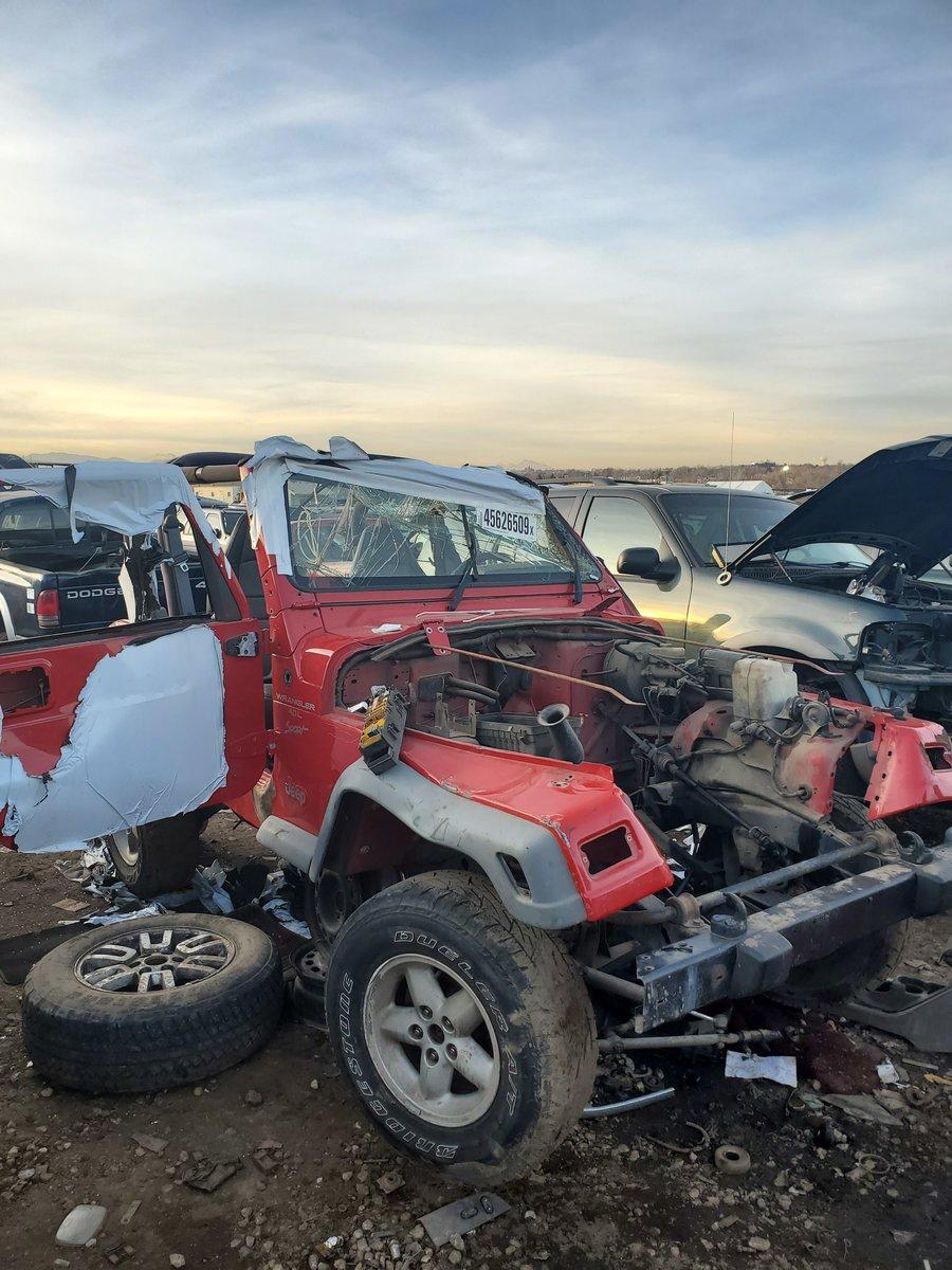 Jeep Wrangler Salvage Yards : wrangler, salvage, yards, Junkyard, Upgrades, Strange, Finding, Local, No-parts, Wrangler, Forum