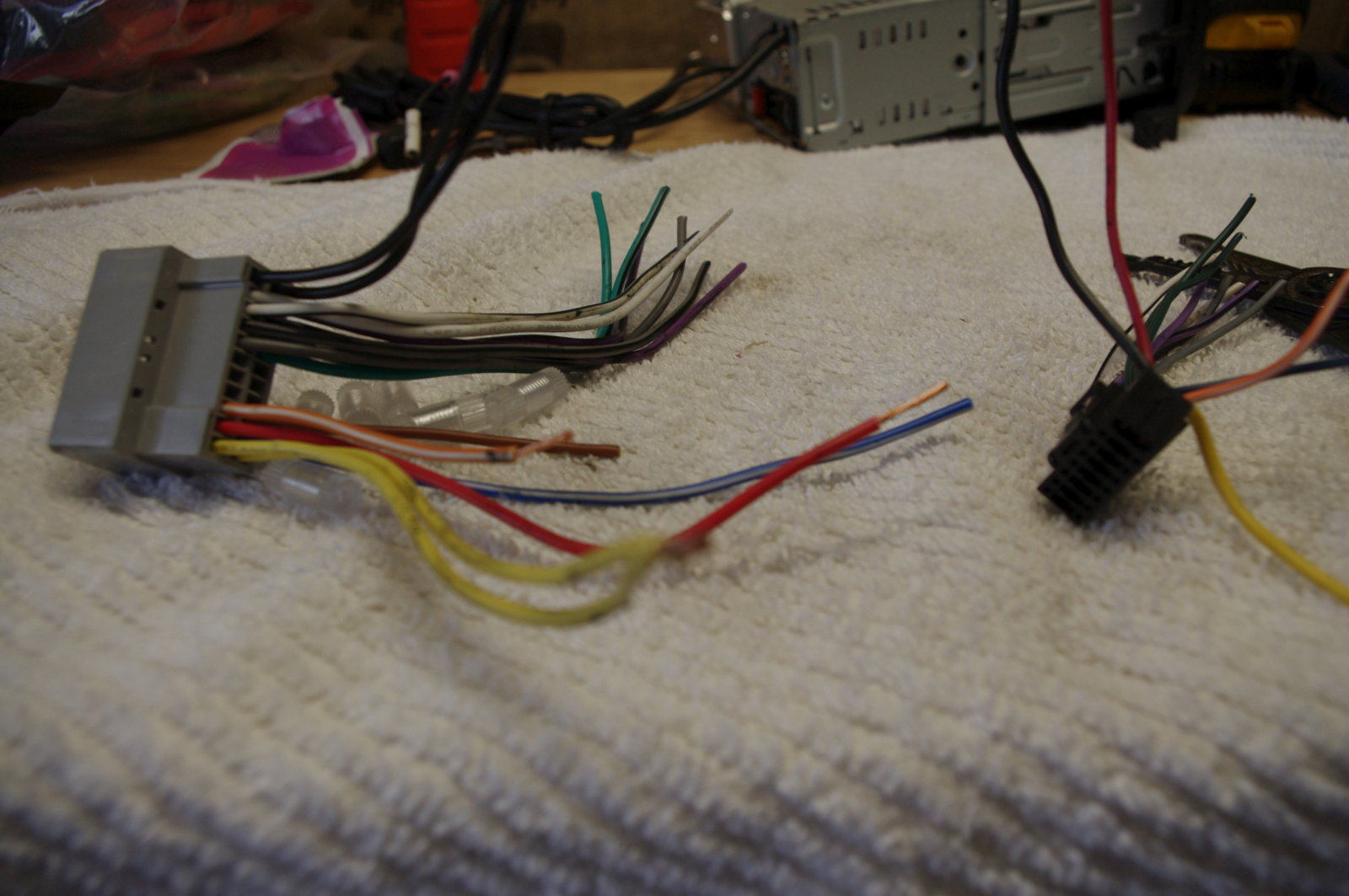 hight resolution of  did not need to connect the speaker wires to the head unit i only needed to connect the ground 12 volt switched 12 volt constant and dimmer control