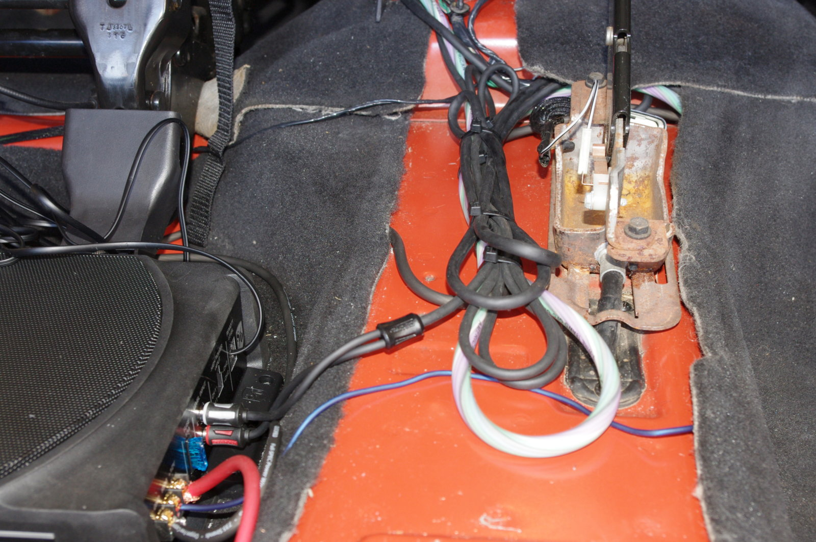 hight resolution of the rca cables and speaker wires were neatly zip tied togetherand then ran to each amp
