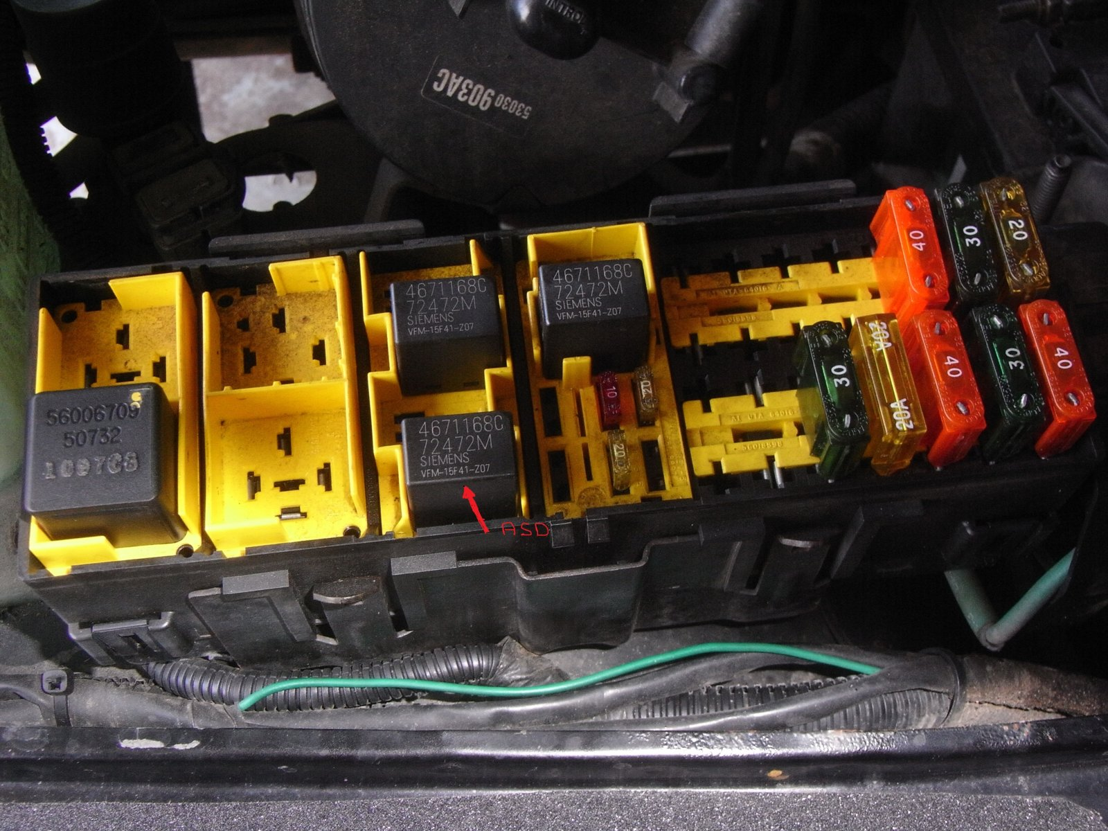 hight resolution of clicking by fuse box wiring library jeep fuse box clicking jeep fuse box clicking