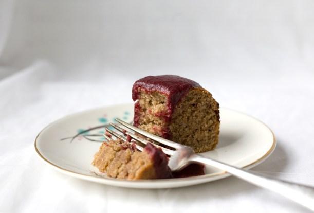 Vegan-sloe-spelt-cake