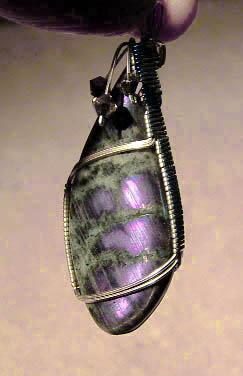 Wire wrap spectrolite