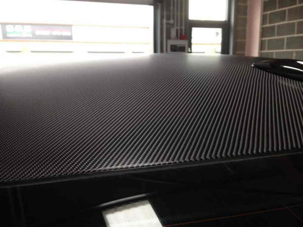 4D-Carbon-Fibre-Roof-Wrap