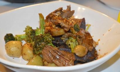 Steak & Taters https://wraysofsunshine.com/2015/06/24/menu-steak-taters/