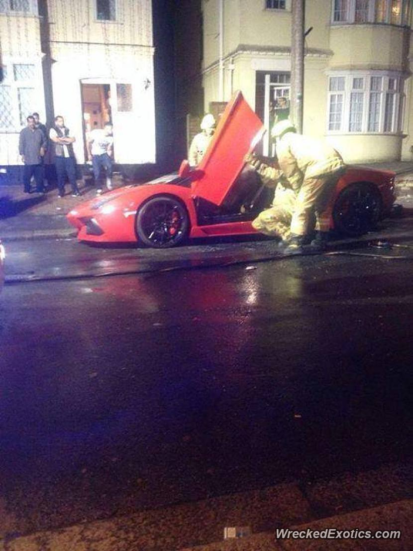 Wrecked Exotic Cars : wrecked, exotic, Lamborghini, Aventador, Roadster, Finished, Rosso, Vandalized, While...