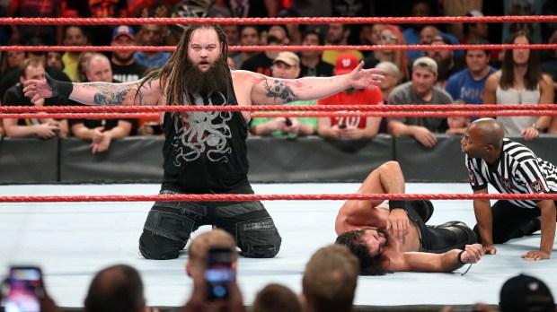 Wyatt vs. Rollins