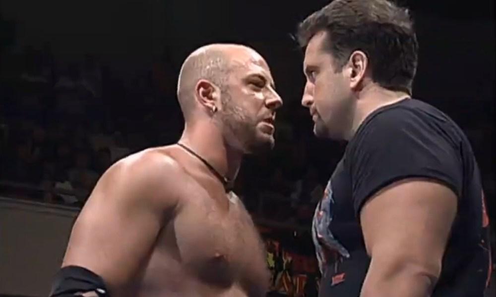 Credible e Dreamer se encarando na ECW