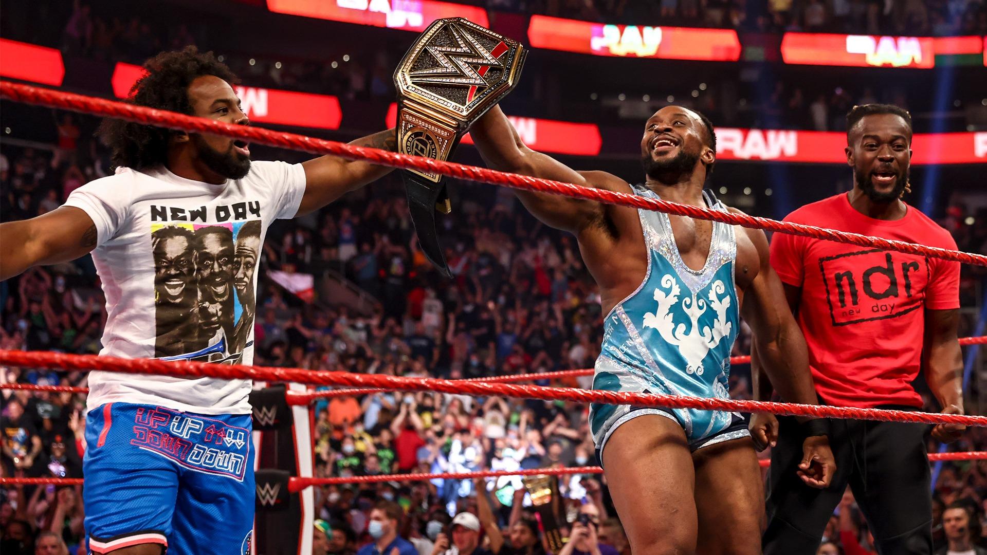 Big E é apenas o quarto negro a ser campeão na WWE