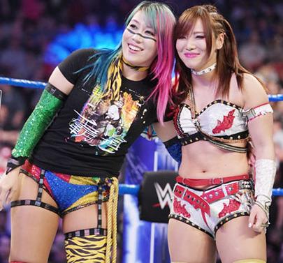 WWEアスカ&カイリ・セイン