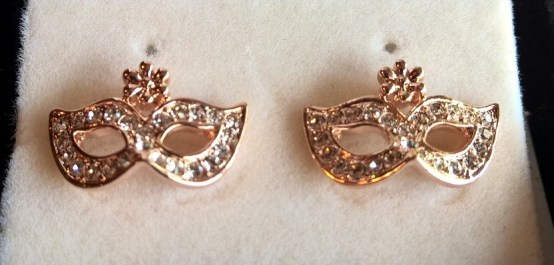 masque Earrings