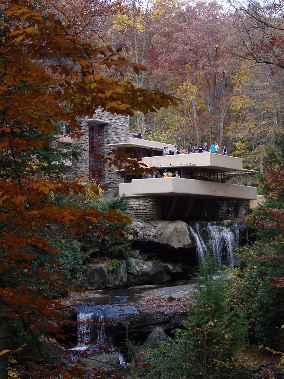 Who Did Frank Lloyd Wright Design The Above House For : frank, lloyd, wright, design, above, house, Fallingwater, Pictures:, Famous, Lookout,, (Frank, Lloyd, Wright, House, Above, Waterfall)