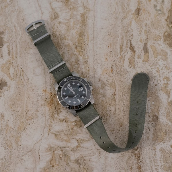 Seal-gray-military-band-wrist-hardware-black-dial-gray-watch-strap