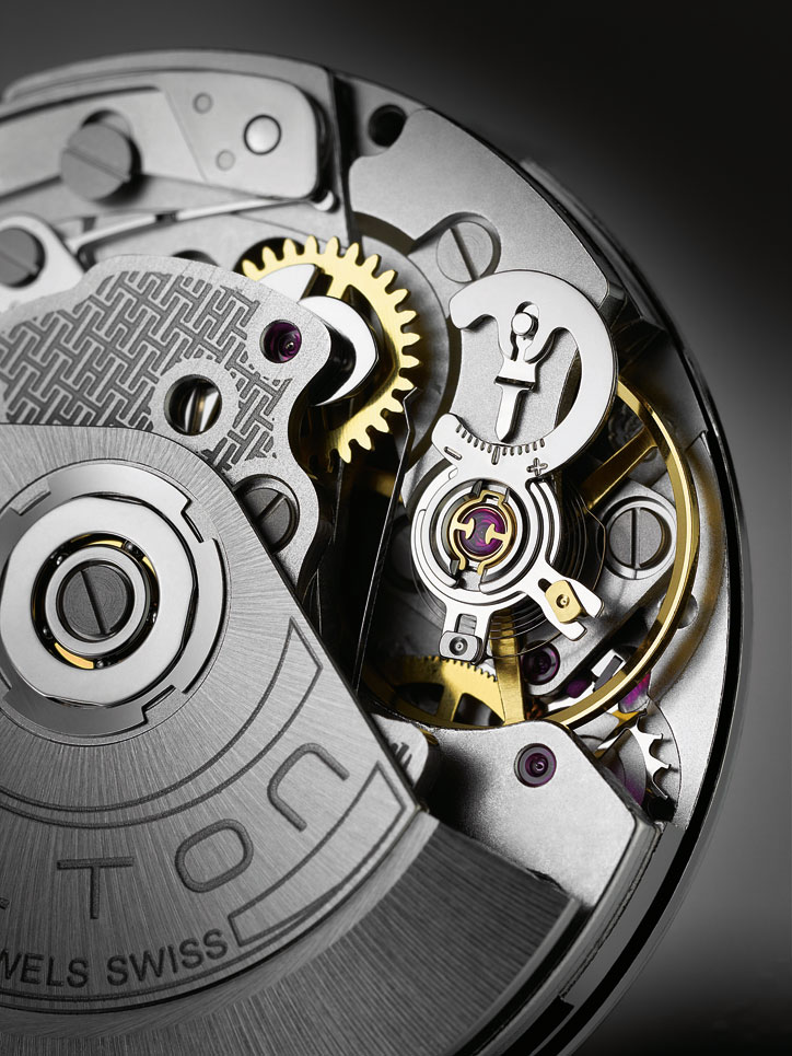 H-31_Automatic_Chronograph_Close_Up