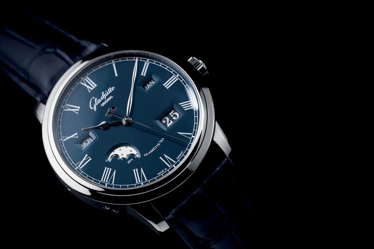 Glashutte-Original-Senator-Perpetual-Calendar-Boutique-Edition-Blue-Dial-2