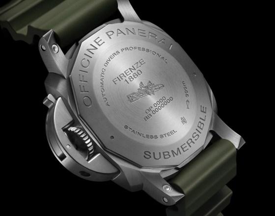 Panerai-Submersible-Verde-Militare-PAM01055-004