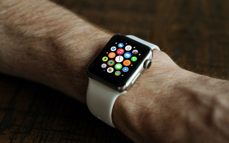 smartwatch fitness watch