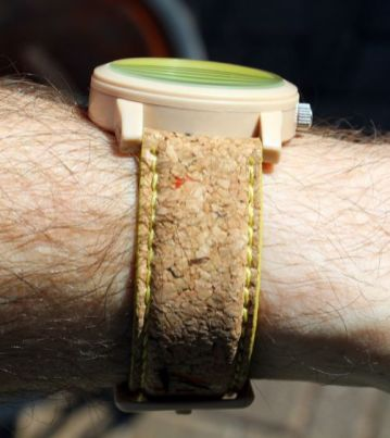 Sprout-Cork-Strap (1)