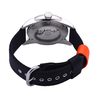 hemel-military-watch-1