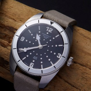 Marnaut ds silver on wood insta