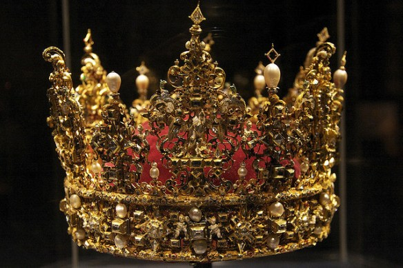 Crown - Content is king