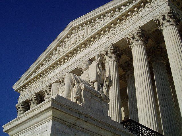 Image, Court
