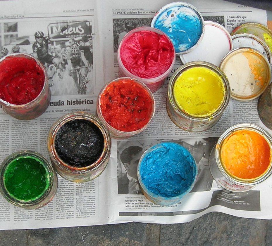 Image of paint pots