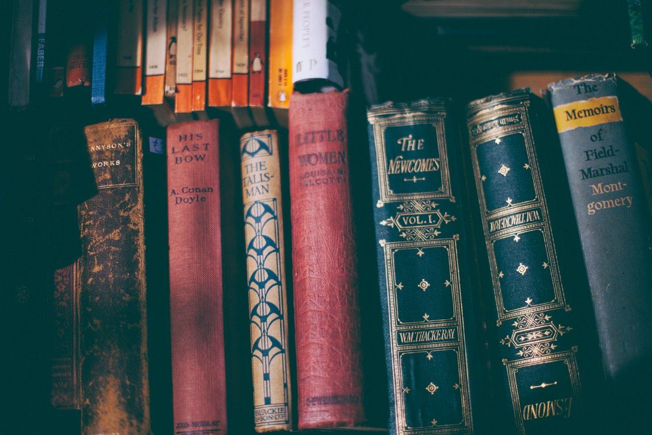 Image, Books on a bookshelf.