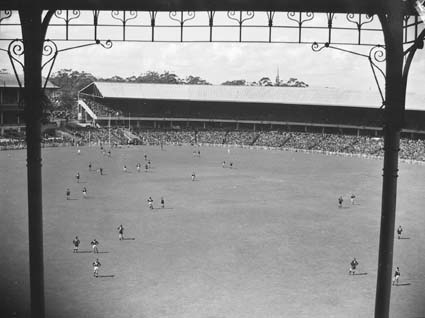 The Grand Final back at the MCG in 1946