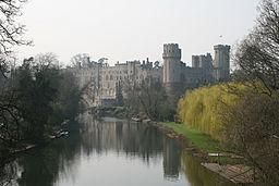 256px-Warwick_Castle_-mist_23o2007