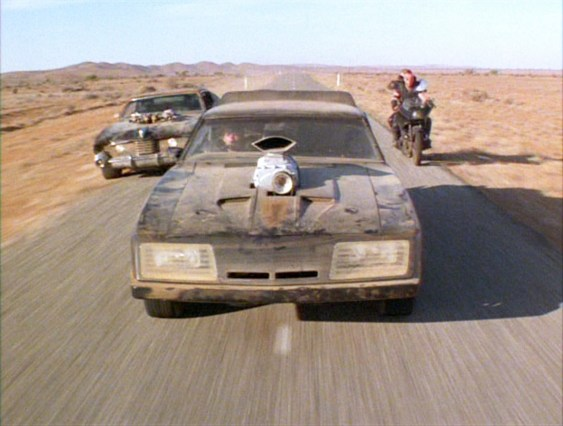 car chase_RoadWarrior