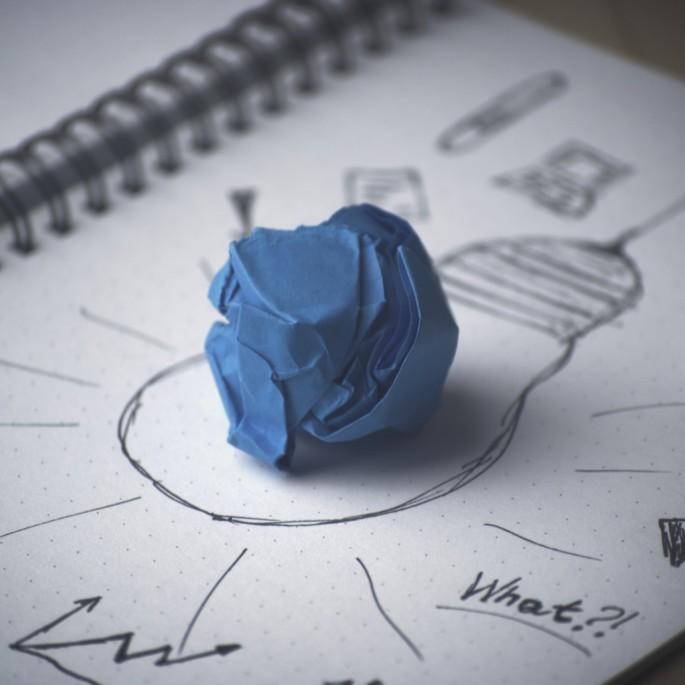 Idea-Paper-Blue-Balled-Up-CC0