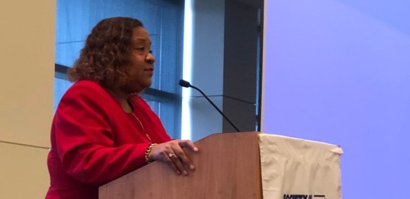 Dana Canedy speaks at the 2019 SPJ region 4 conference in Cleveland, Ohio.