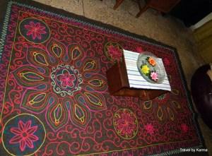 Intrinsic carpet with near extinct gabba art work