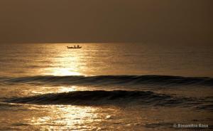 sunset-sunrise-beach-Chennai