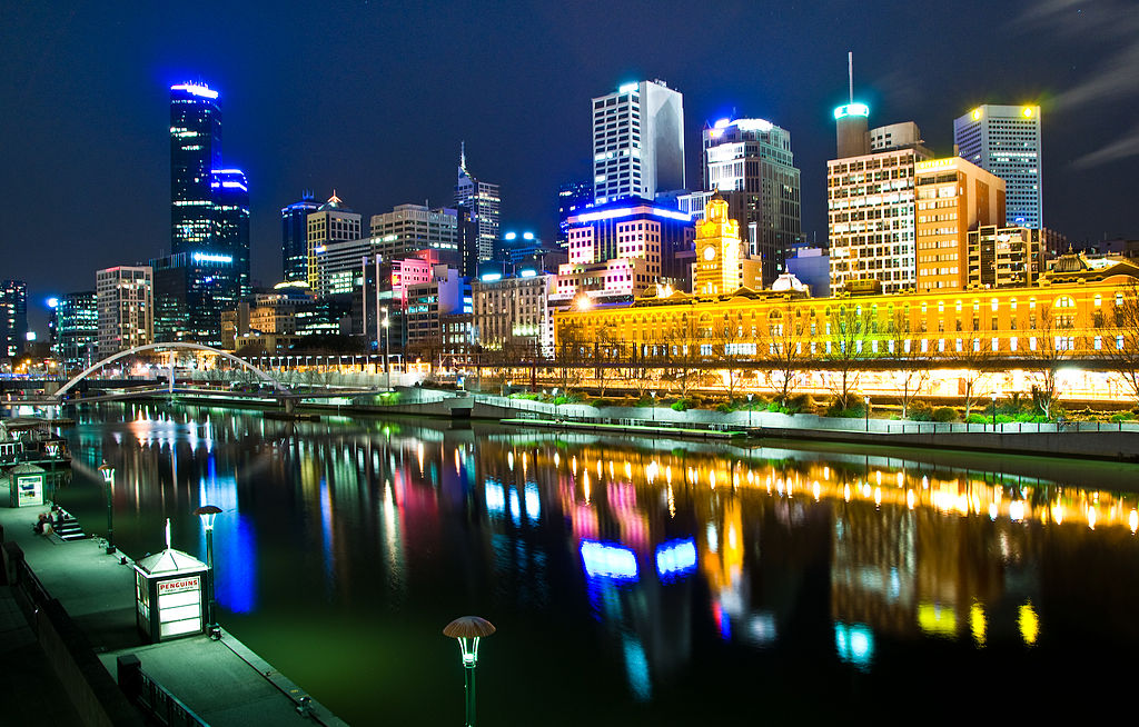 1024px-Melbourne,_Australia_by_night