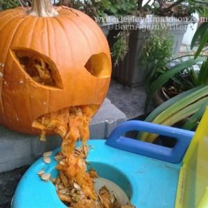 wordlesswednesday, wordless wednesday, #wordlesswednesday, Halloween, pumpkin carving, pumpkin, Halloween decoration