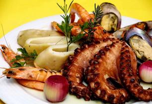 MUST EAT! 10 Tasty Greek Traditional Foods