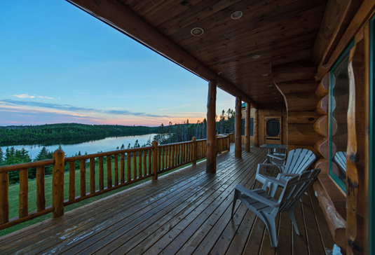 You can see more about this amazing log cabin in Newfoundland, Canada at http://www.countryliving.com/homes/house-tours/canadian-waterfront-home?src=spr_FBPAGE&spr_id=1453_75440042