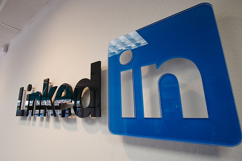 LinkedIn: The Social Media Tool Writers Should Not Ignore