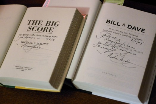 How to Sign Books Like a Big-shot Author