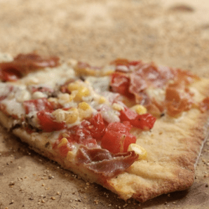 corn + tomato pizza