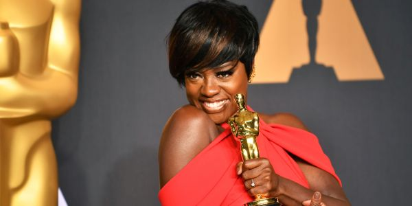 022717-celebs-Viola-Davis-Best-Supporting-Actress-Oscar-Award-2017
