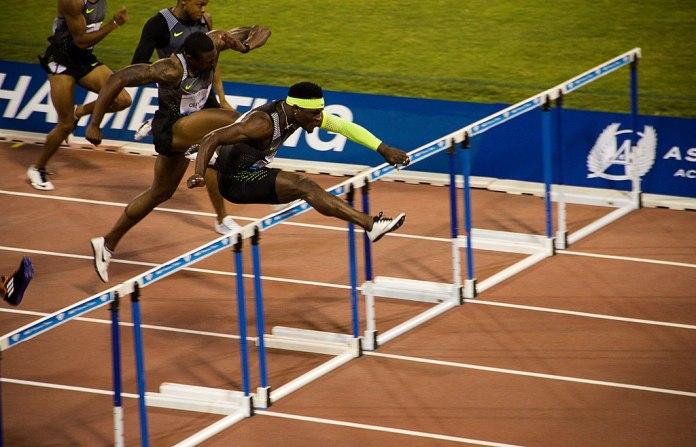 Omar McLeod wins the men's 110m hurdles in Italy