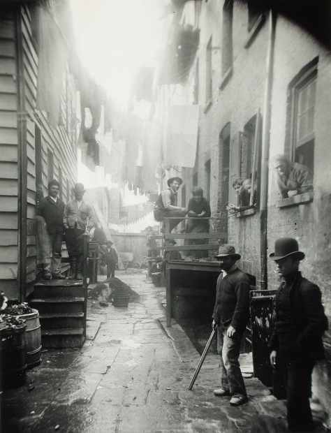 Bandit roost (59 Mulberry Street in New York City), Jacob Riis 1888
