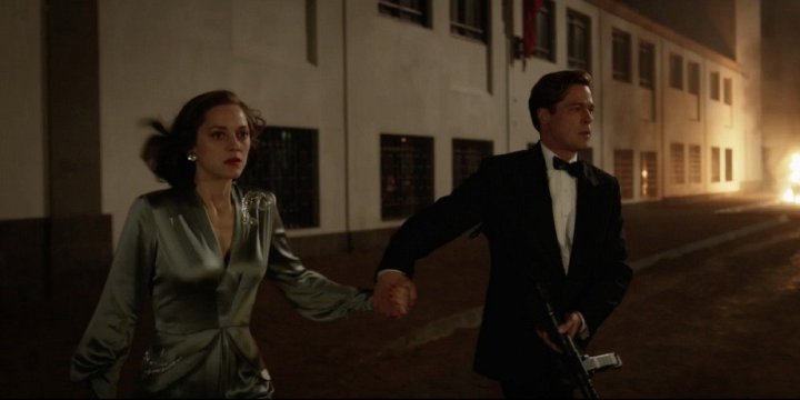Brad-Pitt-and-Marion-Cotillard-in-Allied