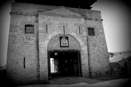 Architecture Fort Niagara BW edges