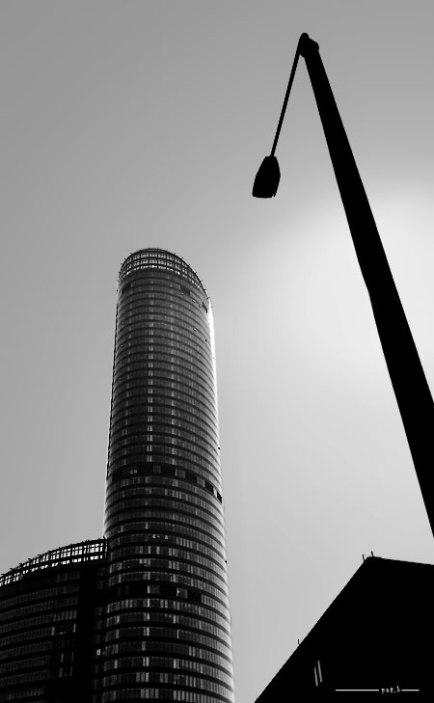 Sky Tower Architektura