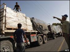 Camiones de carga llegando a Gaza